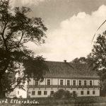 Brejninggårds hovedbygning fotograferet efter gården i 1942 blev efterskole. Ringkøbing-Skjern Museum.