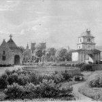 Nørre Vosborg, som herregården tog sig ud, når man ankom til den i 1867, hvor bygningskomplekset stod færdig efter Tang-familiens byggerier gennem 80 år. Da billedet blev lavet, havde A.E.M. Tang endnu ikke fået sat sit trætårn på østfløjen. Lithografi af Ferdinand Richardt.
