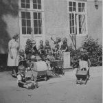 When Silkeborg Municipality took over around 1938, the city kindergarten moved into the former manor house. Photo: Silkeborg Museum.